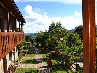 El Mirador de Sanabria II, (Alojamientos rurales)