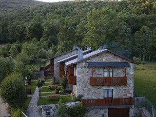 El Mirador de Sanabria IX, (Apartamentos rurales).