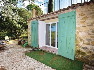 Awesome home in Peypin D'Aigues w/ WiFi and 1 Bedrooms