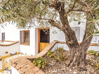 Amazing home in Fontanar w/ WiFi and 1 Bedrooms (EAC419)
