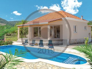 Awesome home in Vela Luka w/ Outdoor swimming pool, WiFi and Outdoor swimming po