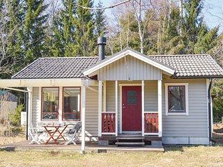 Beautiful home in Ingarö w/ 2 Bedrooms