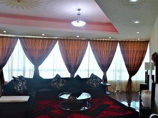 LUXURY 4 BEDROOM APARTMENT IN MARINA