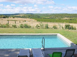 Le Petit Paradis - Holiday house with private pool, close to Beziers, sleeps 6