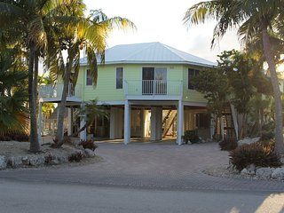 Tropical Keys Home - Gulf View, 40' Dock, Kayak