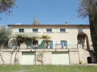 Amazing home in Pezenas w/ WiFi, 7 Bedrooms and Outdoor swimming pool