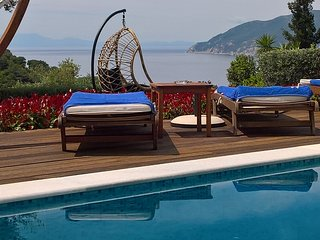 Stylish Luxurius Villa MIROTHEA Alonissos