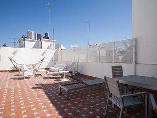 Gorgeous 3 Bedroom Penthouse.Location, Big Terrace