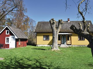 Awesome home in Lottorp w/ 3 Bedrooms (S41508)