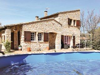 Beautiful home in Maubec w/ Outdoor swimming pool, WiFi and Outdoor swimming poo
