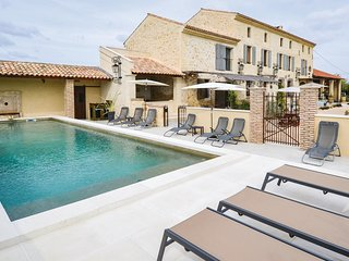Nice home in Vallabregues w/ Outdoor swimming pool, WiFi and Outdoor swimming po