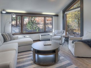 Beautifully Remodeled Condo at Tamarron Lodge, Pool, Hot Tub and Fitness Center