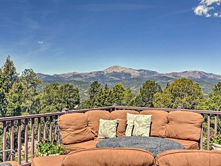 Large Ruidoso Home w/Stunning Views & Hot Tub