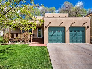 NEW! Longmont Home w/Yard+Patio - 15 Mi to Boulder