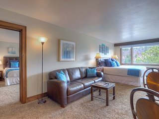 Two room condo suite at Tamarron Lodge Sleeps 8 People