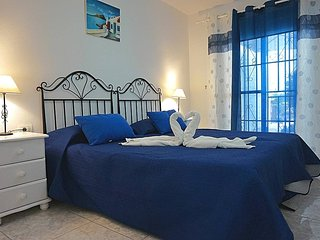 Hermoso apartamento en Amarilla Golf. OFFER!