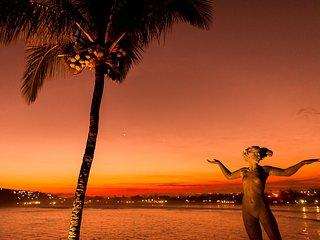 Linda Villa com cinco suites, com a vista e o por-do-sol mais espetaculares de G