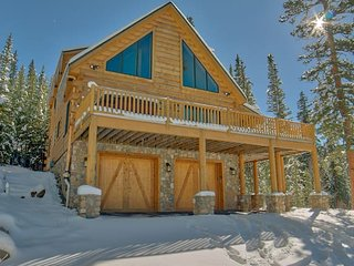 Blue River Escape! Luxury Mountain Home