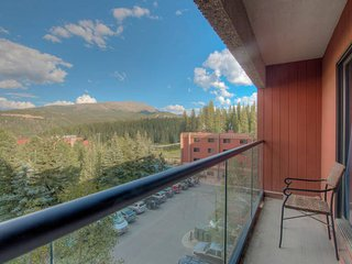 Beaver Run Condo - Adventure and Luxury!