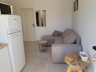 One bedroom apartment Vrsi - Mulo (Zadar) (A-5859-d)