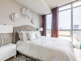Simply Comfort. Romantic Apartment in Downtown