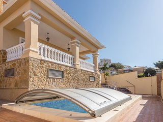 Stunning home in Torre de Benagalbon w/ Outdoor swimming pool, Outdoor swimming