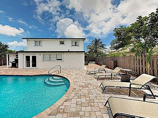 New Listing! Sunny Retreat w/ Large Private Pool & Grill, Near Golf & Tennis