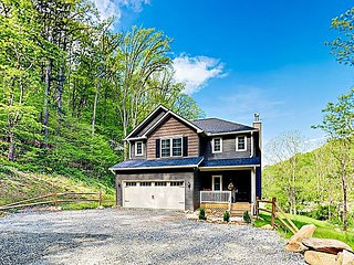New Listing! Mountain Retreat w/ Game Room & Fenced Backyard, Near Asheville