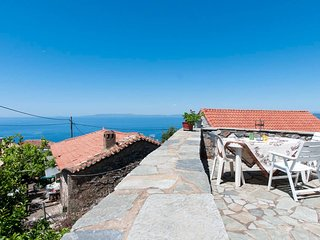 Sea breeze and stunning view in the heart of Mani