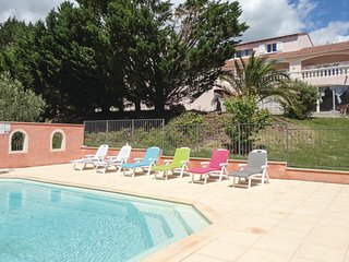 Awesome home in Le Bosc w/ Outdoor swimming pool, Outdoor swimming pool and 3 Be