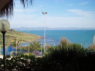 villetta panoramica sul mare di sicilia