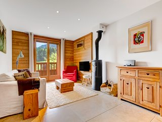 Child friendly luxury ski apartment in chalet (no.4)