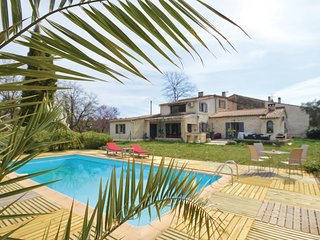 Beautiful home in Callian w/ Outdoor swimming pool, WiFi and Outdoor swimming po
