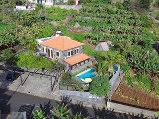 Casa de ferias num local sossegado, com sol, perto da praia e da natureza!