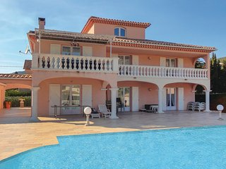 Awesome home in Roquebrun w/ Outdoor swimming pool, Outdoor swimming pool and 3