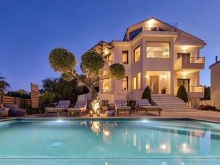 Pasithea villa - Elegant Sea-View Villa with Private Swimming Pool!