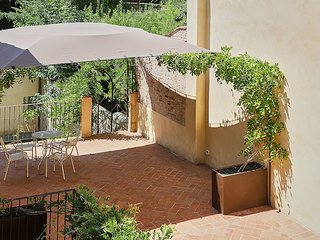 Castel San Niccolo Villa Sleeps 2 with Air Con - 5801708