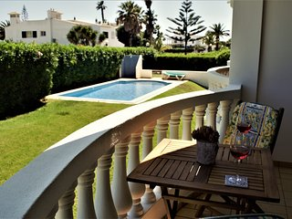 LARGE FULLY EQUIPPED ONE BEDROOM IN THE MONTINHOS AREA OF LUZ