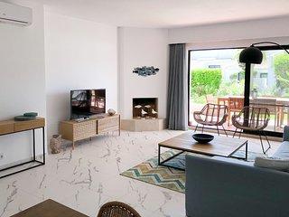 Flylo Red Apartment, Quinta do Lago, Algarve