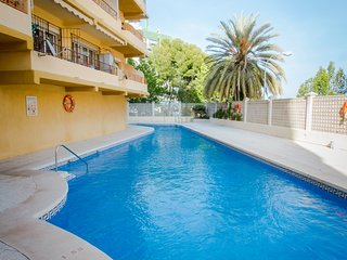 Roquedal.Budget 1 bedroom apartment near the center & 800 mts from the beach