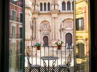 Holidays2Malaga Catedral & balcony