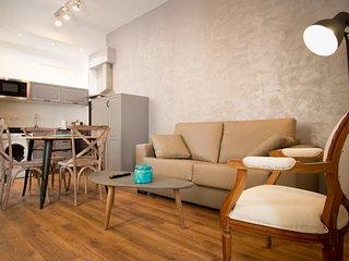 Viento Bajo. Cozy 1-bedroom downtown apartment
