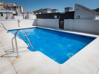Holidays2Malaga Refino & pool