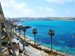 BUGIBBA MODERN 1 BEDROOM APARTMENT WITH SIDE SEA VIEWS (GREAT LOCATION)