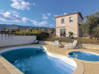 Awesome home in Valvignières w/ Outdoor swimming pool, WiFi and 2 Bedrooms