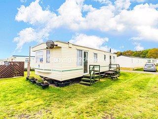 6 berth dog friendly caravan for hire at North Denes in Suffolk ref 40106