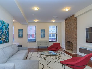 Spacious + Modern Studio near Grove St PATH Train