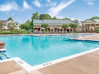 SLEEPS 12~ 4 BDRM~ 2 KITCHENS~2 LIVING RMS~4 BATHS~ GREENSPRINGS RESORT~MUST SEE