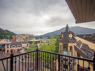 Stunning Premium 2 Bedroom Suite in UNMATCHED SLOPE-SIDE Location!