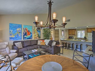 Luxury Palm Desert Condo w/Patio on Golf Course!